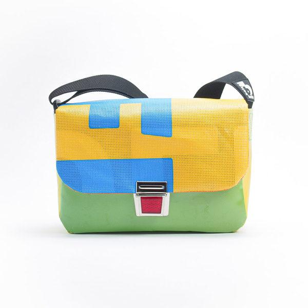 Handtasche aus Upcyclingplane