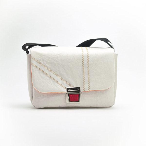 Handtasche aus Upcyclingsegel