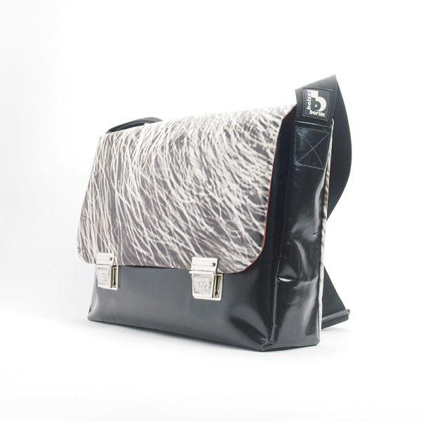 Messengerbag Tasche aus Upcyclingmaterialien