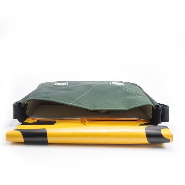 Umhängetasche, Messengerbag aus Upcyclingbannern